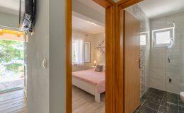 morska-vila-apartment-5-hallway-01