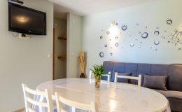 morska-vila-apartment-5-kitchen-dining-area-04