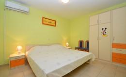 morskavila-apartment2-bedroom-01