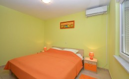 morskavila-apartment2-bedroom-02