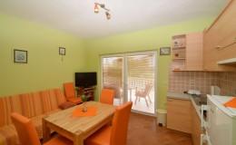 morskavila-apartment3-kitchen-03
